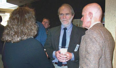 Phil Robertson talks to Martyn Caldwell and an unidentified
