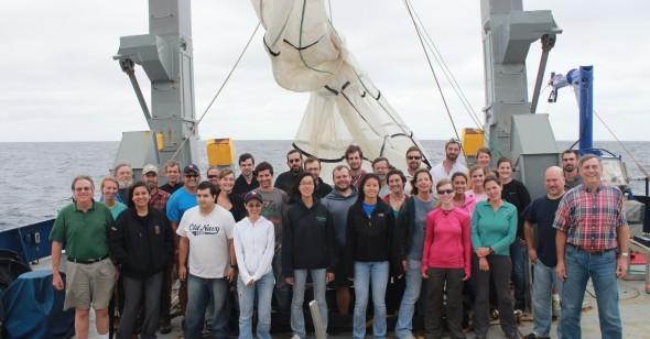 Carmina Ramirez with researchers aboard the R/V Mellvile
