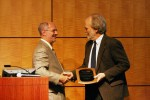 Phil Robertson accepts the 2010 AIBS Distinguished Scientist Award